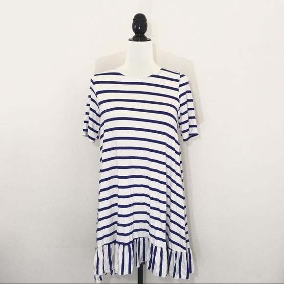 8c032ef16e67d NWT Agnes   Dora S Ruffle Hem Tunic Blue White